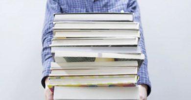 Berita : Berani Beda, Bikin Buku Tahunan Unik dengan Ide Tak Biasa